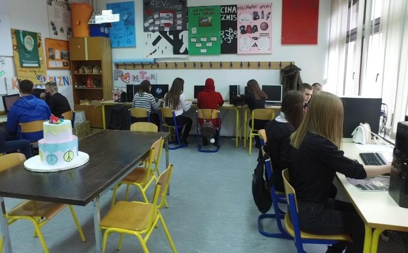 Mješovita ekonomsko ugostiteljska škola Travnik/ Pogledajte pozitivnu priču učenika