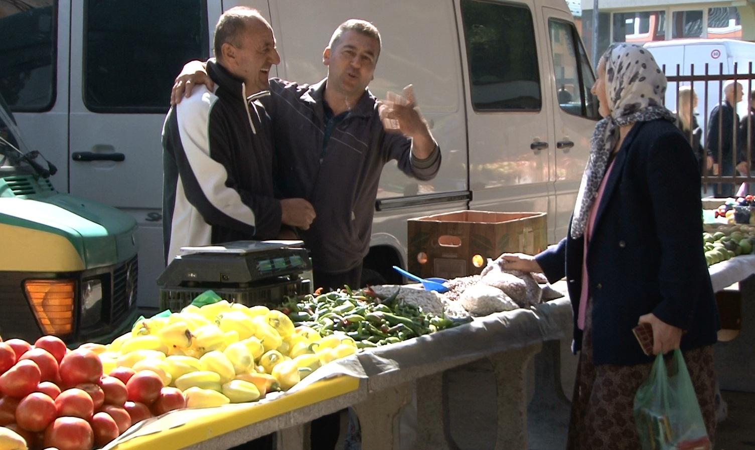 (VIDEO) Pijaca u Novom Travniku/ Šta se nekad moglo kupiti za 50 KM, a šta može danas!?